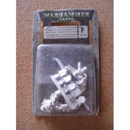 Terminator Chevaliers Gris avec Incinérator (blister de figurine Warhammer 40,000) 001