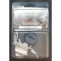 Khador - Winter Guard Officier & Standard (blister de figurines Warmachine en VO) 001